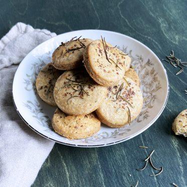 recette de biscuits sables sales epices locales