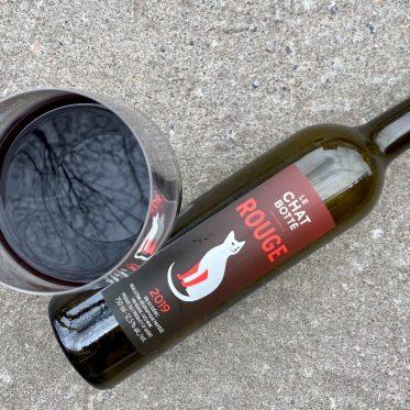 vin rouge 2019 chat botte